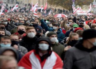 bielorrusos marchan