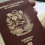 pasaportes-venezolanos-700x352